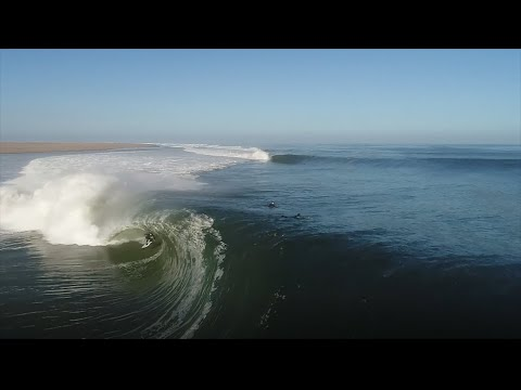 The Heaviest Skeleton Bay Barrel Ridden Yet   SURFER Magazine's Bite Size: Oliver Kurtz