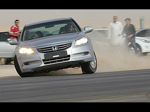 CRAZY SAUDI DRIFTING ON HIGHWAY 2016 | 240km/h 150mph