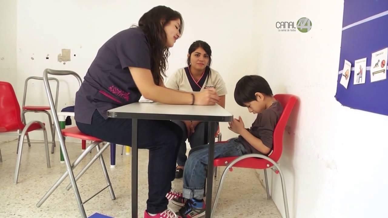 Señal Informativa: Escuelas para niños autistas - YouTube