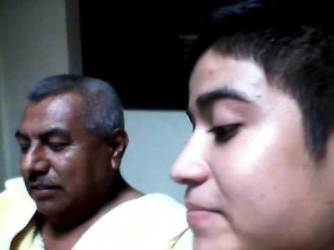 Padre e hijo sobre una entrevista