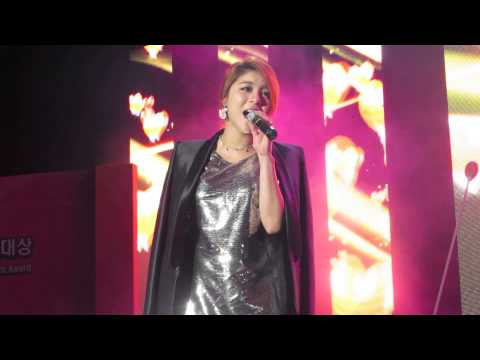 Ice Flower (얼음꽃)- Ailee (에일리) Live @ 2013 KCEA