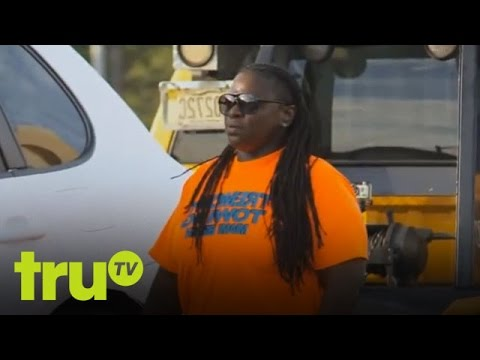South Beach Tow - Secret Admirer Strikes With Love