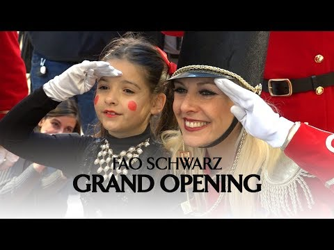 The Toy Insider at the GRAND OPENING of the FAO Schwarz Toy Store in Rockefeller Plaza!