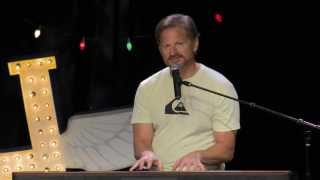 Baixar Tim Hawkins is very excited to come to Green Bay