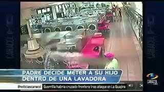 hombre metio a un niño en la lavadora