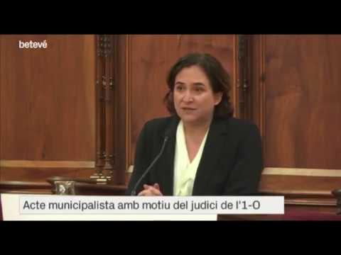La desobediència dels alcaldes independentistes a la neutralitat d'Ada Colau