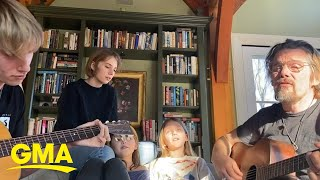 Ethan Hawke and family hold sing-along while in self-quarantine | GMA Digital