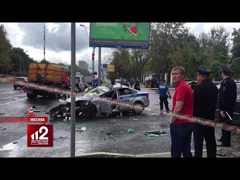 Автомобиль ГИБДД врезается в КАМАЗ | Инспектор погиб