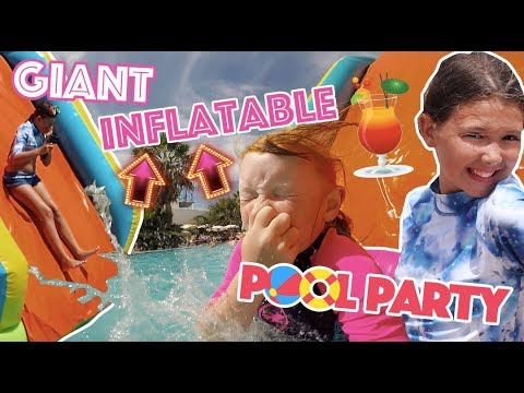 GIANT INFLATABLE POOL PARTY!! 🎉🏄‍♀️