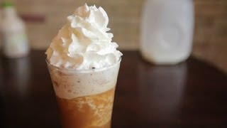 How to Make a White Chocolate Blended Mocha : Mochas