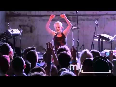 Robyn Myspace Secret Show Full Concert (Part 5)