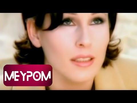 Funda Arar - Sonu Yok Bu Aşkın (Official Video)