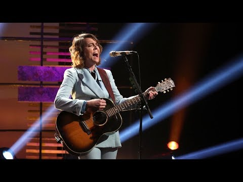 Brandi Carlile Performs an Acoustic Version of 'The Joke'