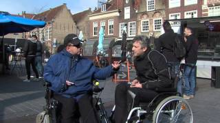 Hoe is het om in een rolstoel te zitten?   Mijn naam is Alex
