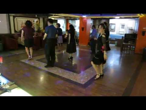 Blurred Lines Line Dance(East Coast version)