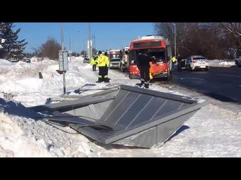 Ottawa bus crashes into bus shelter