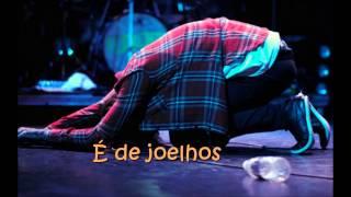vuclip Flordelis - De joelhos - Em fervente oração