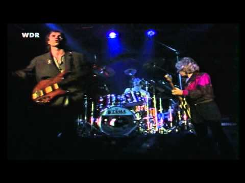 The Police - The Bed's Too Big Without You (live in Hamburg '80)