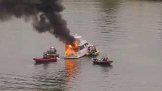 Yacht on Fire - Miami Beach 9-15-13