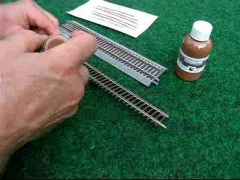 Rusty Rails Painter – Painting model railroad track