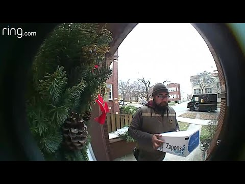 Jonny Hartwell - SURPRISE: Squirrel Gives UPS Driver A Friendly Welcome
