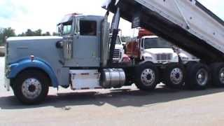 2005 KENWORTH W900L Quad Axle Dump Truck