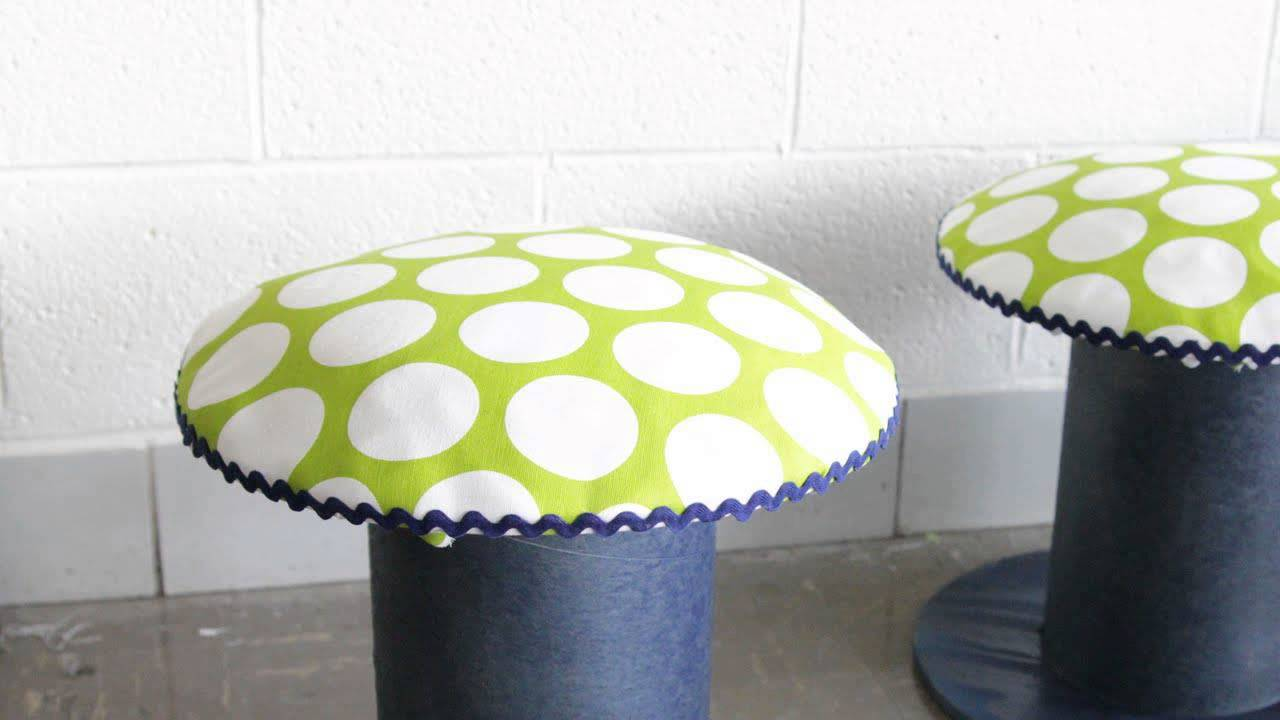 How To Make Stools From Wire Spools