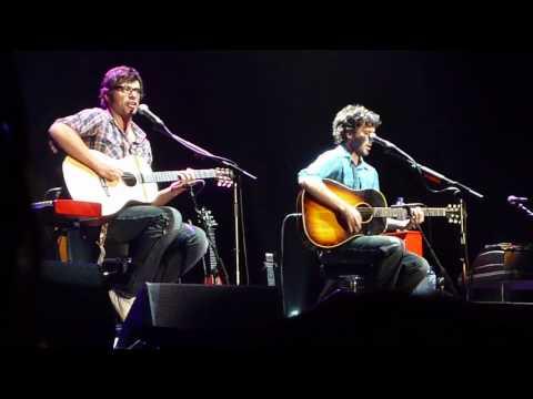 Flight of the Conchords - Hiphopopotamus vs Rhymenoceros [HD] - Live @ Wembley Arena, 25 May 2010