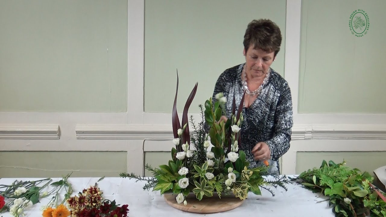 Back To Basics How To Make A Parallel Flower Arrangement Youtube