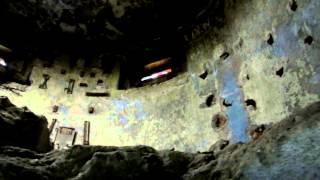Артбатарея на мысе Панагия (видео 2)(Развалины артиллерийской батареи на мысе Панагия в Тамани. Видео второй части. Командный пункт., 2012-12-01T18:25:16.000Z)