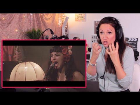 Download Vocal Coach Reacts - MON LAFERTE - Tu Falta De Querer