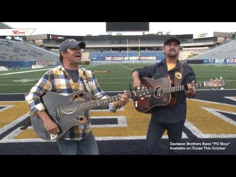 The Davisson Brothers in the Wolf's Den performing Po' Boyz