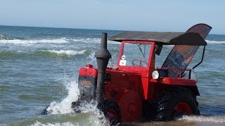 NA RATUNEK! Traktory na plaży - Łazy 2016 / RESCUE Old tractors on the beach