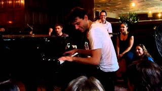 Mika - Any Other World & Grace Kelly @ Magic Points secret gig in London, 22.1.2011 (HD)