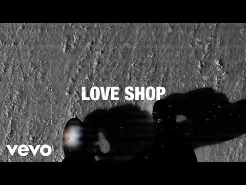 Love Shop - Skøjteløb På Bagsværd Sø (Lyric Video)