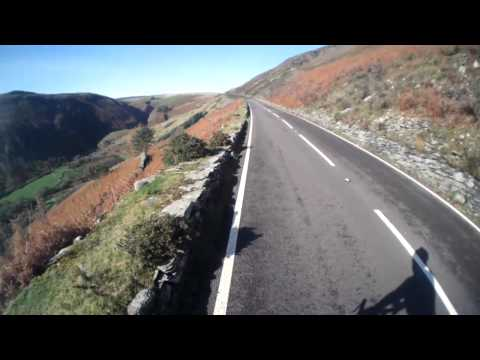 Climbing the Milltir Cerrig pass (Berwyn mountains) on a bicycle