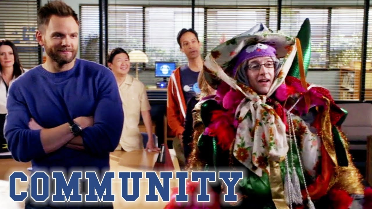 The Dean's Ultimate Silly Outfit | Community
