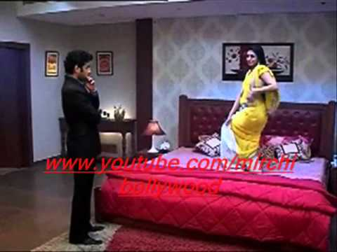 Yeh Hai Mohabbatein :Ishita does sexy dance for Raman