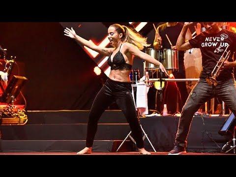 Anitta dançando Ai Ai Ai (Samba de Roda) com Harmonia do Samba na MELHOR SEGUNDA FEIRA DO MUNDO 2018