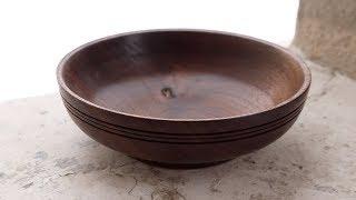 Making a Simple, Turned, Walnut Bowl