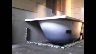 Экран под ванну из Wedi с полкой