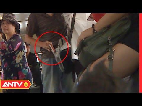 Khóa cửa bắt sống thủ phạm móc 5 củ của nữ sinh trên xe buýt   Kỹ năng sống [số 128]   ANTV