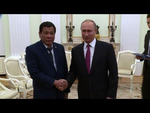 Duterte interrumpe su visita a Rusia por violencia en Filipinas