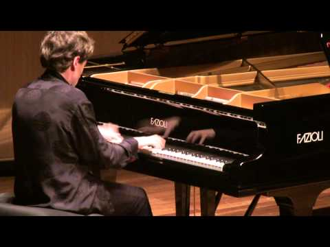 Boris Giltburg performs Rachmaninov Etude-Tableau Op. 39 No. 6 (Queen Elizabeth Hall recital)