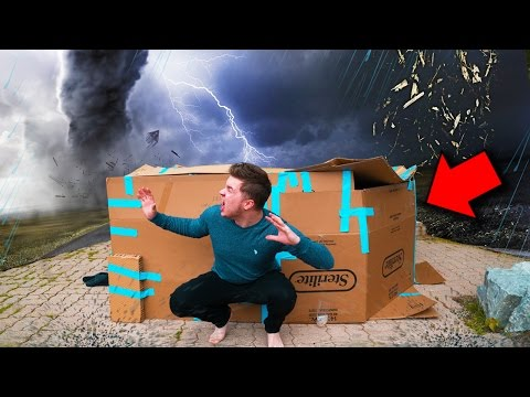ULTIMATE BOX FORT Vs TORNADO CHALLENGE