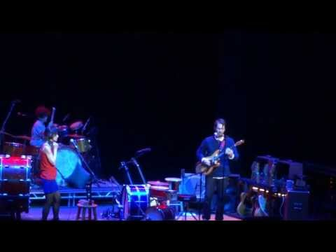 Fiona Apple and Blake Mills_Seven (live) @ Bank of America Theater in Chicago_October 15, 2013