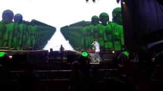 Eminem concert crowd 🎤💥