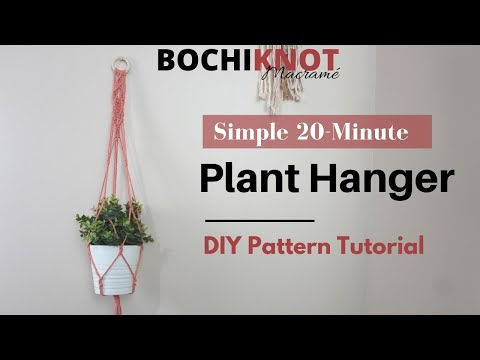 how-to-macrame-a-simple-plant-hanger-in-under-20-minutes-|-clove-hitch-diamond-pattern