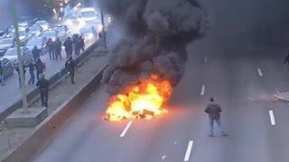 В Париже противники Uber устроили массовые беспорядки(, 2016-01-26T13:23:52.000Z)