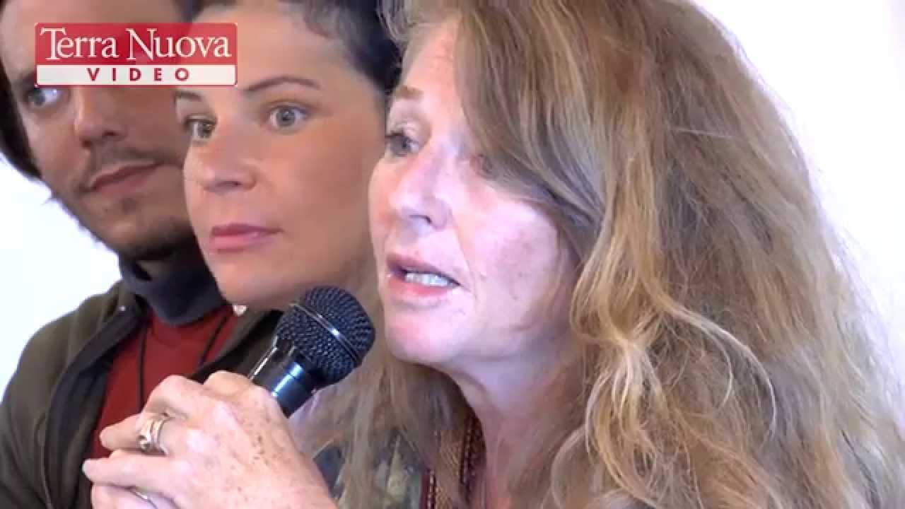 """Gloria Germani - """"Il progetto Alice, felicità e decrescita a scuola"""""""